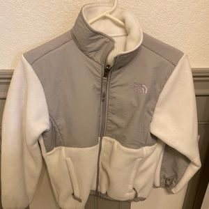 The north face girl's white Denali jacket